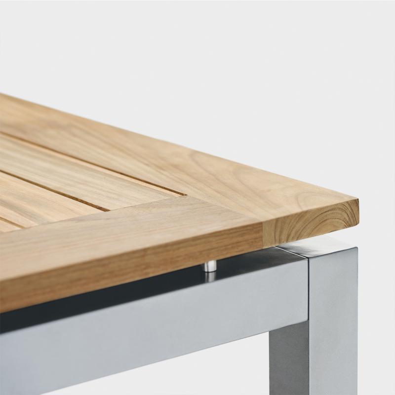 Gartentisch aus Edelstahl und Recycling-Teakholz - Biber.ch